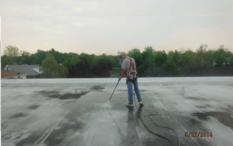 Power Washing | Commercial Roof Coatings