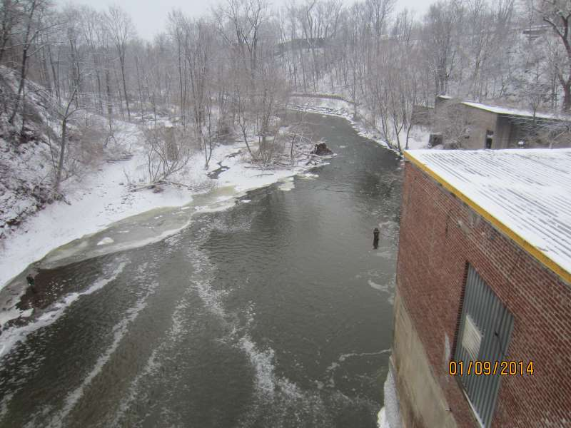 Burt Dam Of Olcott Ny Try Lock Roofing